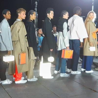 "Press ""Bluewin"" - Wenn Mode Sicherheit bieten soll - © Visual Society"