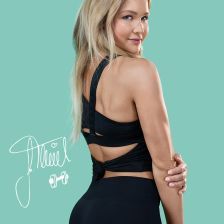 Sophia Thiel's Fitness Diaries Limited Edition: Whey Zimt + Backprotein