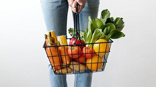 Vegane Ernährung in Kombination mit Eiweiß und Krafttraining