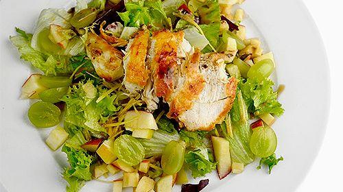 Heerlijke Salade met kip, druiven en appel