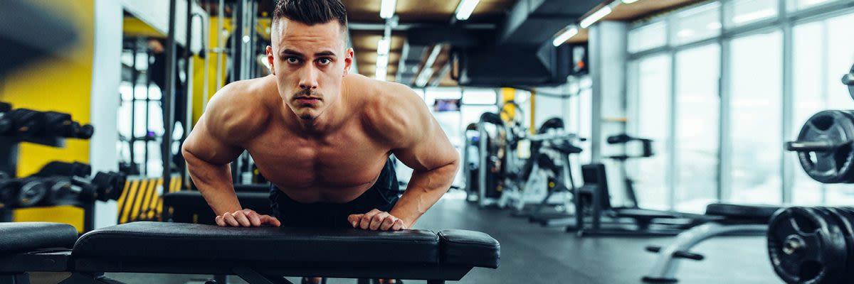 1500x500 man in gym