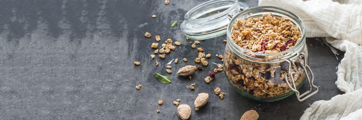 Honig-Mandel-Granola-power-Frühstück