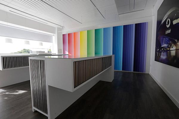 foto del showroom del fabricante de barnices omar coatings