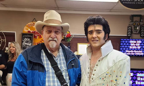 Pic at Elvis the King - A Tribute to Elvis