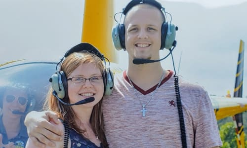 Couple on the Fly the Scenic Skies with Scenic Helicopter Tours