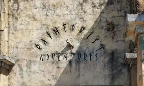 Entrance to RainForest Adventures Discovery Zoo
