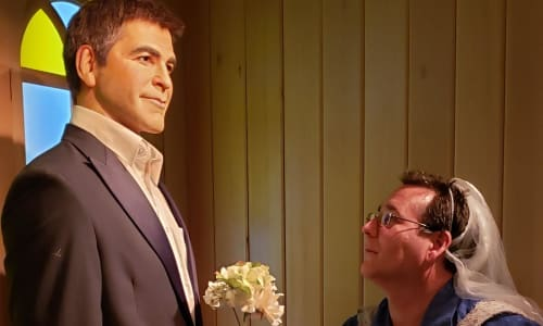 George Clooney at the Hollywood Wax Museum