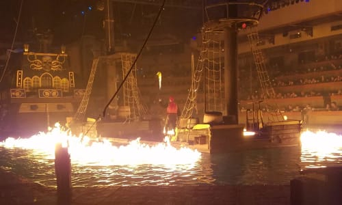 Fire at Pirates Voyage Dinner and Show