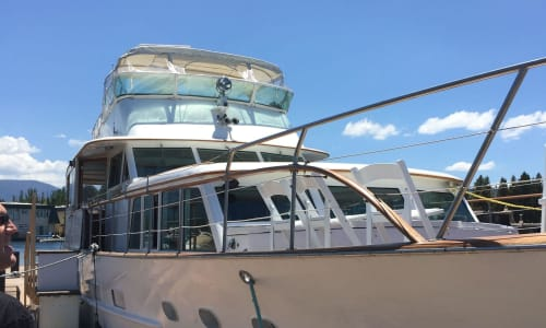 Yacht at the Lake Tahoe Sightseeing and Lunch Cruises Aboard the Bleu Wave