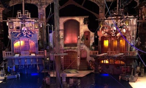 Amazing View of the Set at Pirates Voyage Dinner and Show Pigeon Forge