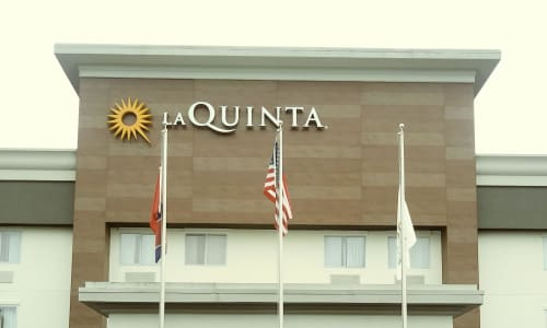 Outside of the La Quinta Inn and Suites North Nashville