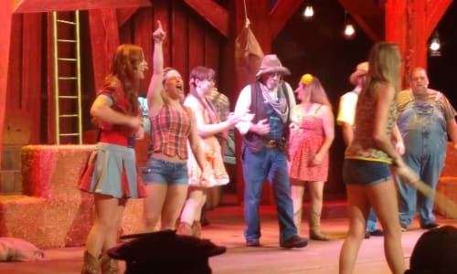 Cast Members at the Hatfield and McCoy Dinner Show
