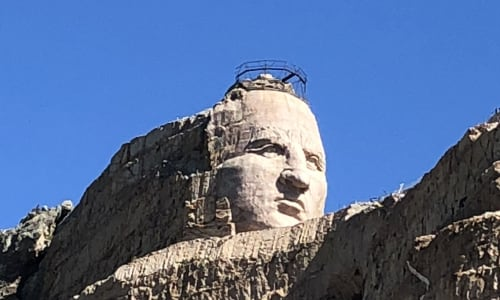 Close Up to Mt Rushmore with the Mount Rushmore and Black Hills Tour