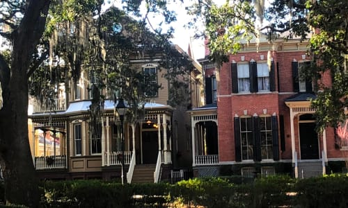 Old Homes on the Savannah Historic Overview Trolley Tour