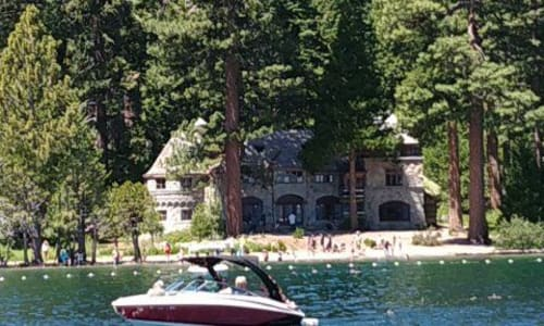 Mansion on the Lake Tahoe Sightseeing and Lunch Cruises Aboard the Bleu Wave
