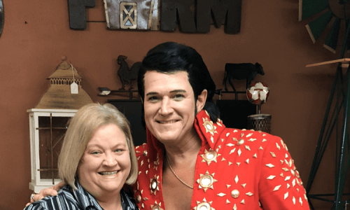 Pic with Elvis at Elvis the King A Tribute to Elvis
