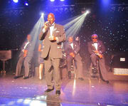Classis Singign at Hot Hits Theater Tribute Shows
