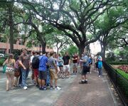 Large Group on the Gates and Gardens Walking Tour