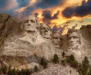 Tunnel on the Mount Rushmore and Black Hills Full-Day Tour