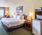 Photo of Clarion Hotel and Convention Center Room