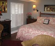 Photo of Heart of the Hills Inn Room