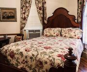 Room Photo for Hidden Springs Bed & Breakfast