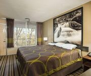 Photo of Super 8 Sevierville Room