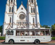 Savannah Experience: Sightseeing Bus Tour of the Historic and Victorian Districts Outside a Church
