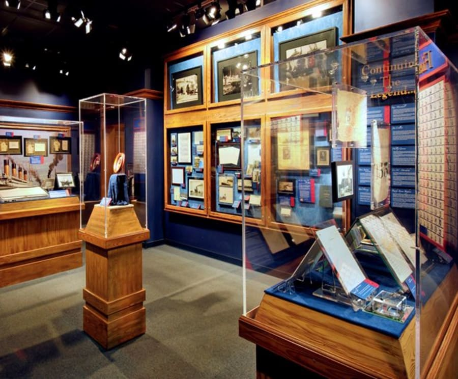 Displays at Branson Titanic - World's Largest Museum Attraction