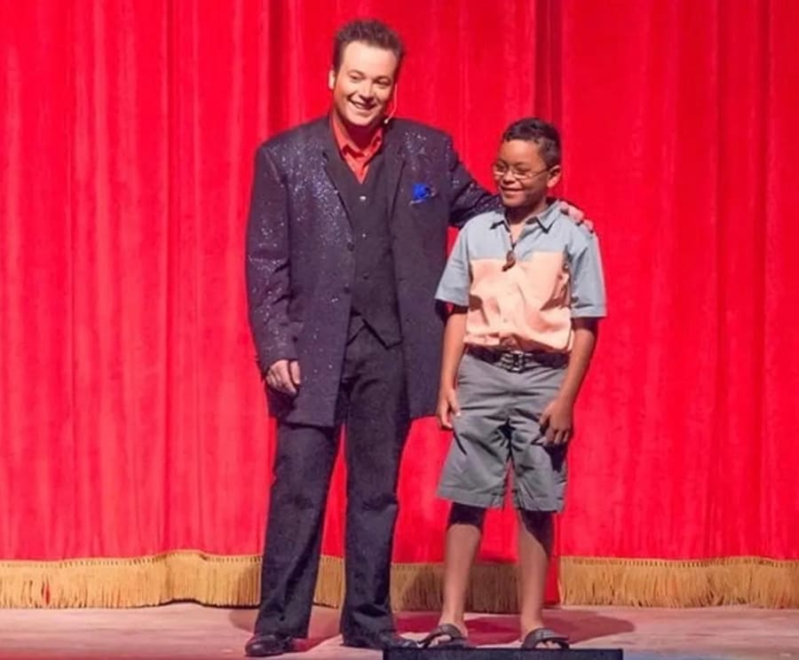 Magic Spectacular Pigeon Forge Family Magic Show