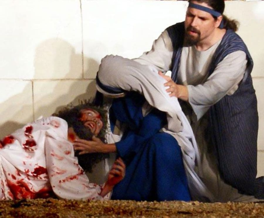 Comforting Jesus During The Great Passion Play