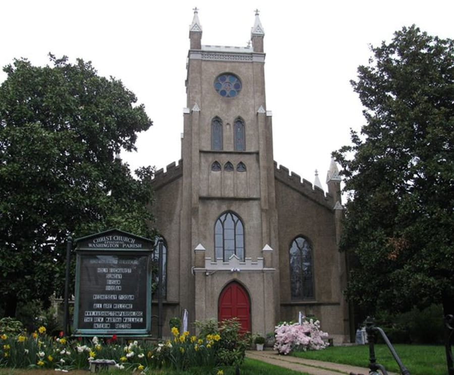 Christ Church on the Mount Vernon and Old Town Alexandria Tour