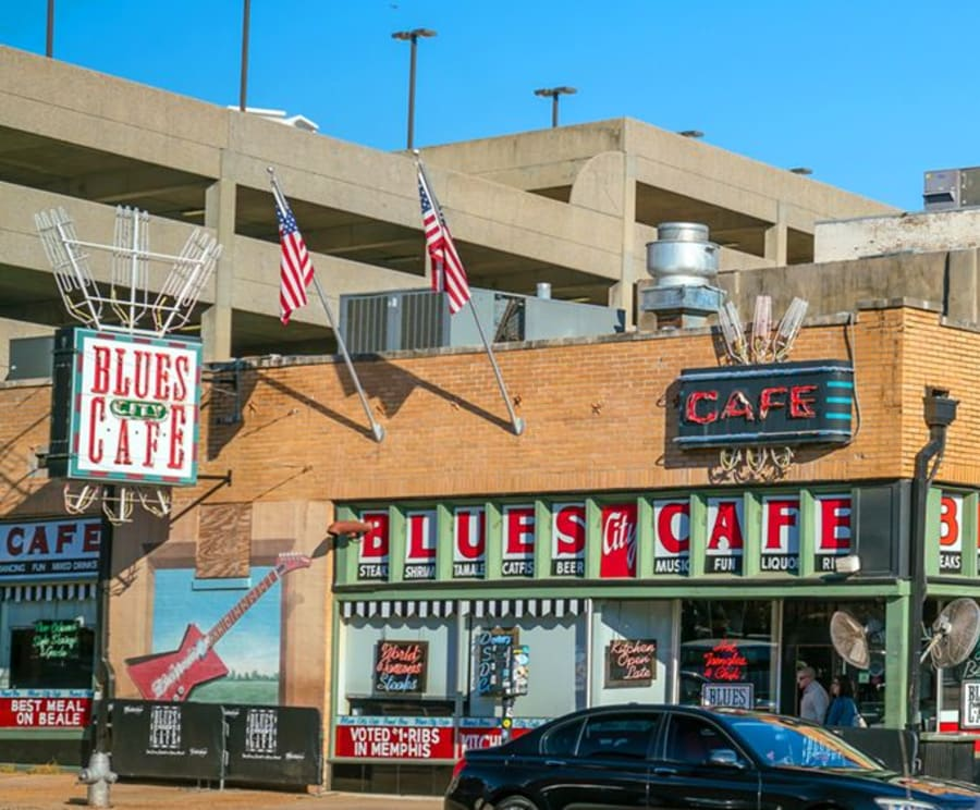 Blues City Cafe on Memphis Guided Bus Tours