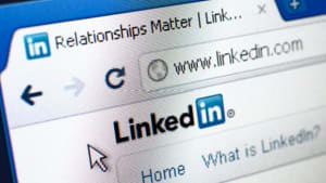 How to Use LinkedIn to Promote Your Personal Brand | Vertical Media Solutions