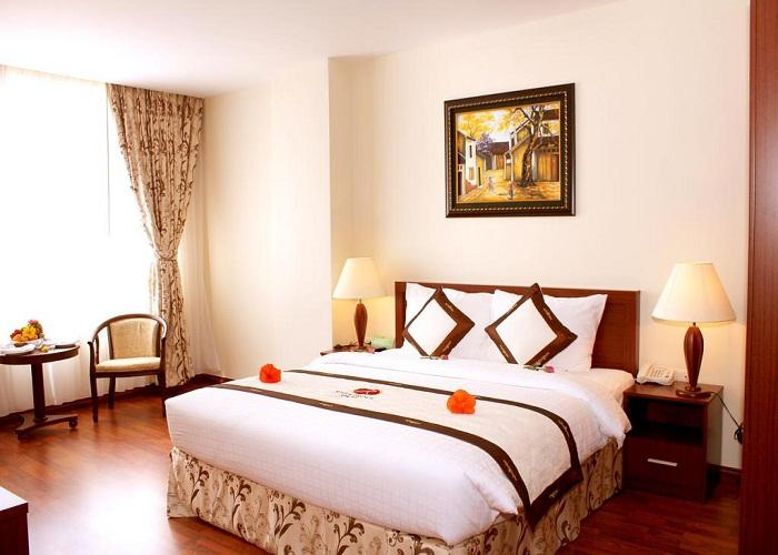 Khách sạn River Prince 3 sao