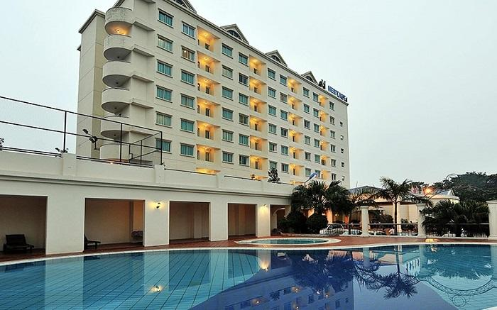 Heritage Hạ Long Hotel