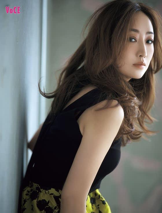 VOCE2019年10月号 神崎恵