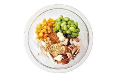 枝豆とコーンのむくみスッキリ粒マスタードスープ