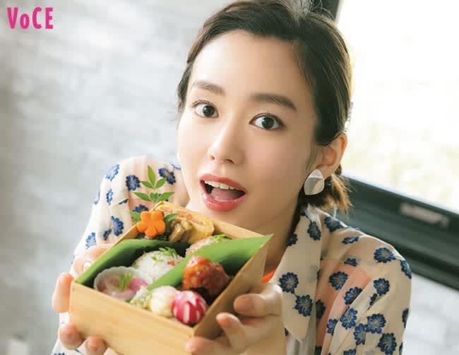 VOCE2020年9月号 桐谷美玲