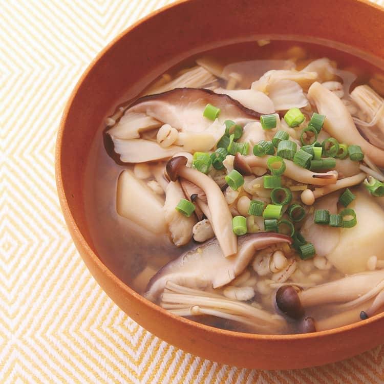 きのこと雑穀の和風しょうがスープ