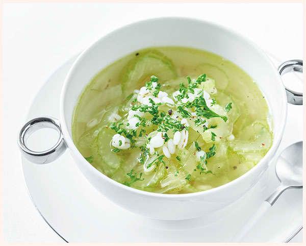 セロリと押し麦のスープ