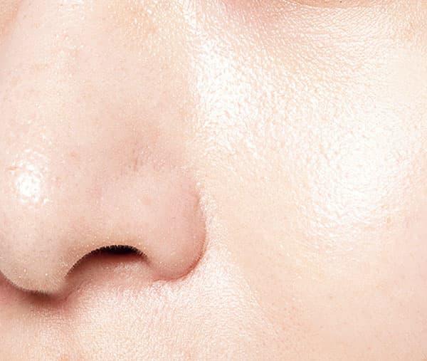 ジルスチュアート イルミネイティング セラムコレクター〈スキントーンカラー〉使用。皮脂に強い?結果