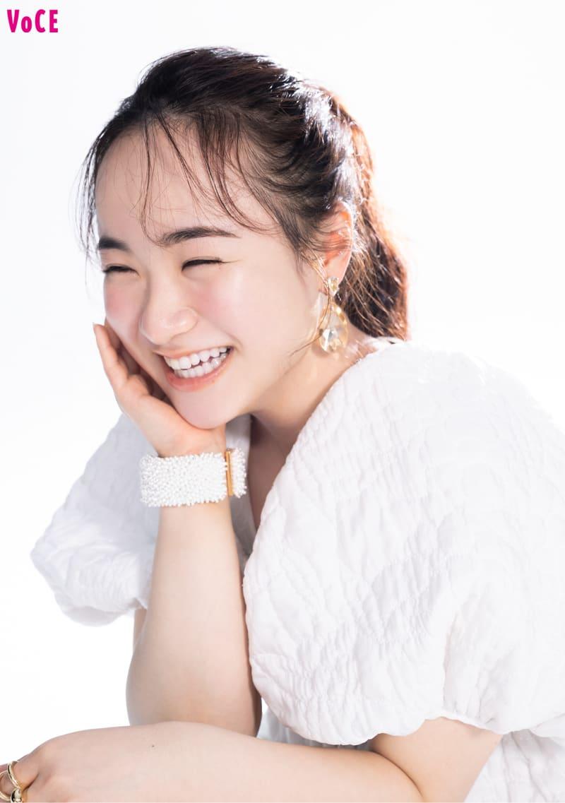 伊藤美誠さん インタビュー中も常に笑顔。その天真爛漫な魅力にスタッフ全員がメロメロに。
