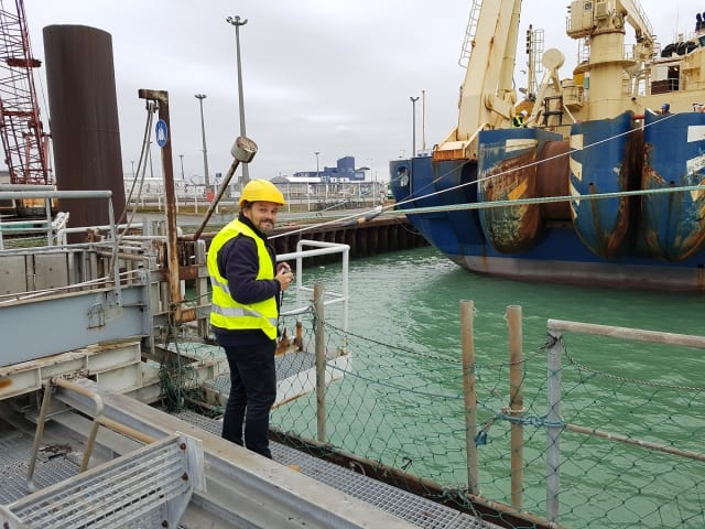 Vocus Communications Technical Lead, Mat Shields, undertook a quality assurance inspection for the cable loading (Credit: Vocus/ASN)