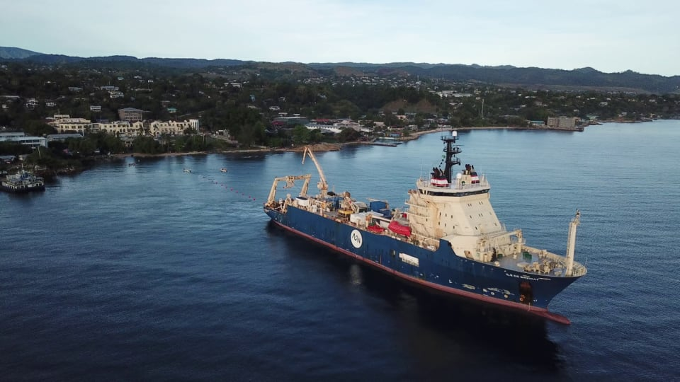 The Ile de Brehat laying cable from Honiara (Credit: ASN)