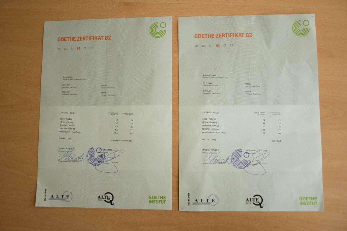 Goethe-Zertifikat B2 razine u vlasništvu naših polaznica Ariane i Erne