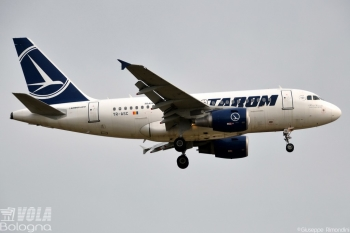 Airbus A318-111 Tarom by Giuseppe Rimondini