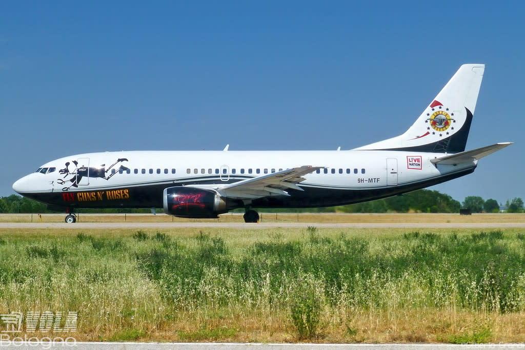 Maleth-Aero Boeing 737-329