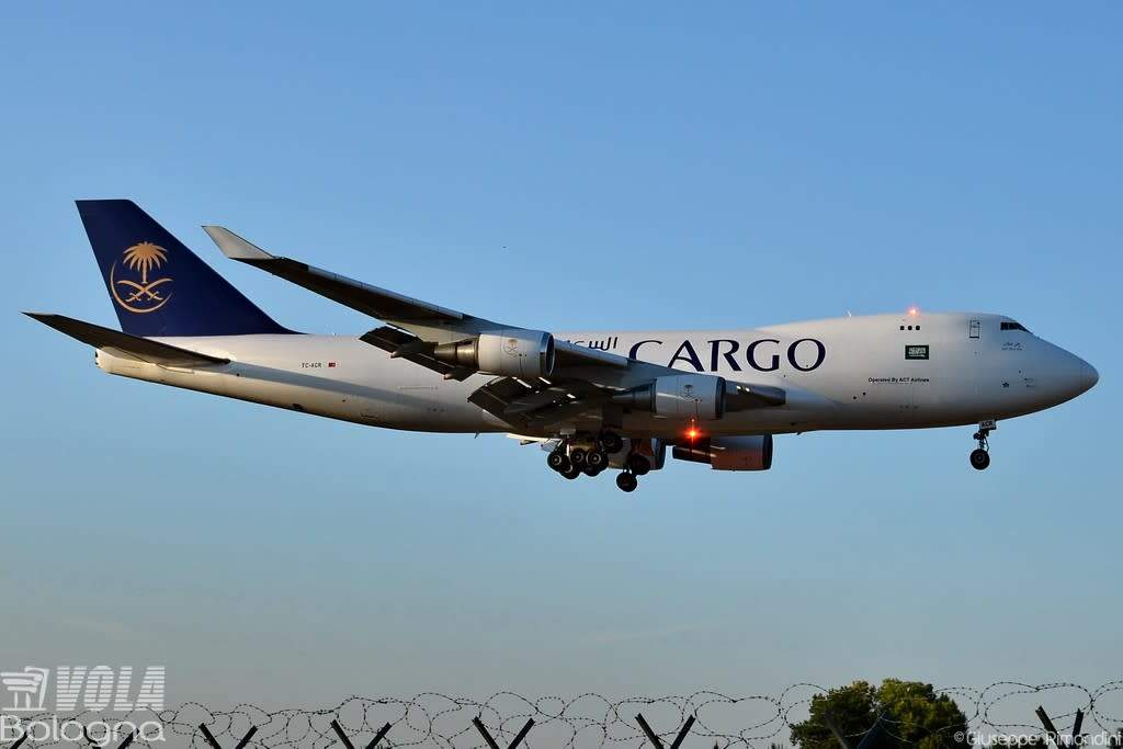 Saudi Arabian Cargo (ACT Airlines)  Boeing 747-428(ER/F)