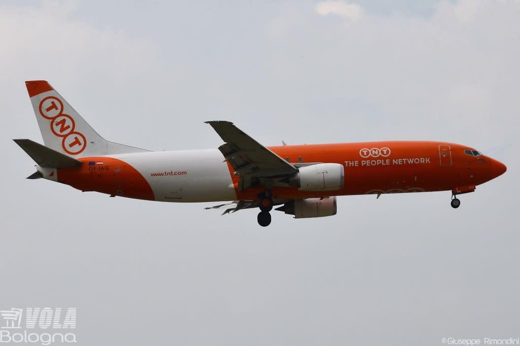 ASL Airlines Belgium  Boeing 737-400F